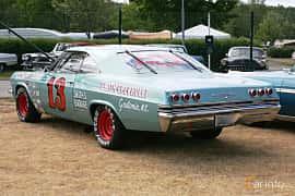 Back/Side of Chevrolet Impala Sport Coupé 6.5 V8 Manual, 431ps, 1965