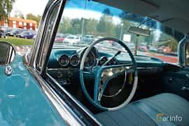 Interior of Chevrolet Impala Sport Coupé 3.9 Manual, 137ps, 1960 at Onsdagsträffar på Gammlia Umeå 2019 vecka 33
