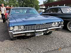 Front/Side  of Chevrolet Impala Sport Sedan 5.4 V8 Powerglide, 254ps, 1968 at Bil & MC-träffar i Huskvarna Folkets Park 2019 vecka 32 tema Hot Rods