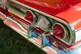 Close-up of Chevrolet Impala Convertible 5.7 V8 Powerglide, 324ps, 1960 at Lissma Classic Car 2019 vecka 20
