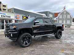 Front/Side of Chevrolet Silverado 1500 Crew Cab 6.2 V8 E85 4x4 Automatic, 426ps, 2017