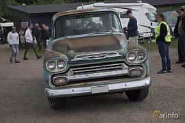 Front  of Chevrolet Apache 3200 3.9 Automatic, 137ps, 1959 at Tisdagsträffarna Vikingatider v.25 / 2017