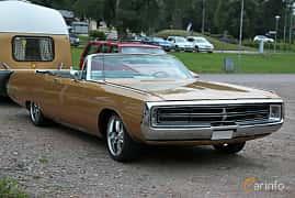 Front/Side of Chrysler Three Hundred Convertible 7.2 V8 TorqueFlite, 355ps, 1969 at Kungälvs Kulturhistoriska Fordonsvänner 2018 v.33