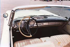 Interior of Chrysler 300 Convertible 6.4 V8 Automatic, 386ps, 1959
