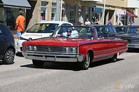 Front/Side  of Chrysler Newport Convertible 6.3 V8 TorqueFlite, 330ps, 1966 at Cruising Lysekil 2019