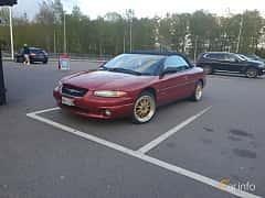 Fram/Sida av Chrysler Stratus Convertible 2.5 V6 Automatic, 163ps, 1999