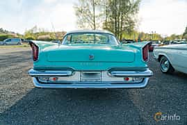 Front  of Chrysler Windsor 2-door Hardtop 6.3 V8 Manual, 309ps, 1959 at Lissma Classic Car 2019 vecka 20