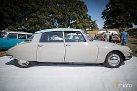 Side  of Citroën DS 19 1.9 Manual, 75ps, 1960 at Thulinträffen 2015