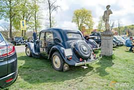 Back/Side of Citroën 11 CV Sedan 1.9 Manual, 56ps, 1948 at Fest För Franska Fordon  på Taxinge slott 2019