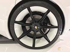 Närbild av Porsche Mission E Electric Single Speed, 598ps, 2015