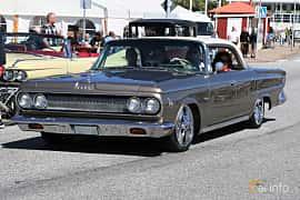Front/Side  of Dodge Custom 880 4-door Hardtop 5.9 V8 TorqueFlite, 269ps, 1963 at Cruising Lysekil 2019