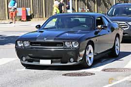 Fram/Sida av Dodge Challenger 6.1 V8 HEMI Manual, 431ps, 2009 på Cruising Lysekil 2019