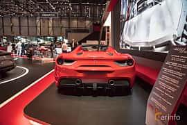 Bak av Ferrari 488 GTS 3.9 V8 DCT, 670ps, 2017 på Geneva Motor Show 2017