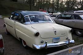 Back/Side of Ford Crestline Victoria 3.9 V8 Automatic, 112ps, 1952 at Kungälvs Kulturhistoriska Fordonsvänner  2018 v.35