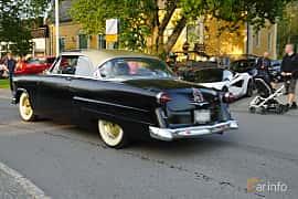 Back/Side of Ford Crestline Victoria 3.9 V8 Automatic, 132ps, 1954 at Onsdagsträffar på Gammlia Umeå 2019 vecka 35