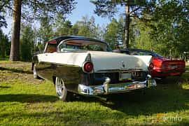 Back/Side of Ford Fairlane Victoria 4.5 V8 Manual, 165ps, 1955 at Onsdagsträffar på Gammlia Umeå 2019 vecka 28