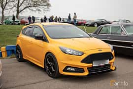 Front/Side  of Ford Focus ST 2.0 EcoBoost Manual, 250ps, 2015 at Lucys motorfest 2019
