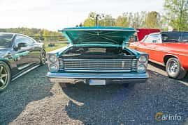 Front  of Ford Galaxie 500 2-door Hardtop 5.8 V8 Manual, 254ps, 1965 at Lissma Classic Car 2019 vecka 20