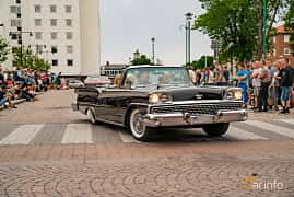Front/Side  of Ford Galaxie Sunliner 4.8 V8 Automatic, 203ps, 1959 at Nässjö Cruising 2019