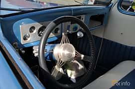 Interior of Ford Model 68 3-window Coupé 3.6 V8 Manual, 86ps, 1936 at Grensetreff Halden 2013