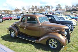 Side  of Ford Model 68 5-window Coupé 3.6 V8 Manual, 86ps, 1936 at Crusaders Classic Car Meet 2015