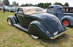 Bak/Sida av Ford Model 68 Cabriolet 3.6 V8 Manual, 86ps, 1936 på Power America Fest, Nossebro 2016