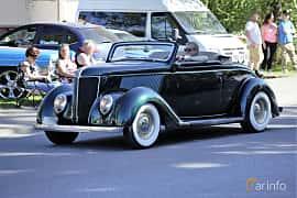 Fram/Sida av Ford Model 68 Cabriolet 3.6 V8 Manual, 86ps, 1936