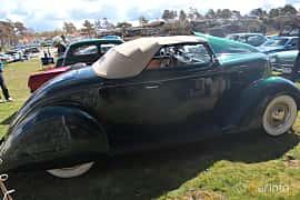 Sida av Ford Model 68 Cabriolet 3.6 V8 Manual, 86ps, 1936 på Crusaders Classic Car Meet 2015