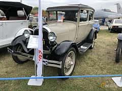 Front/Side  of Ford Model A Tudor Sedan 3.3 Manual, 41ps, 1928 at Old Car Land no.2 2019