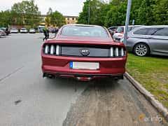 Back of Ford Mustang GT 5.0 V8 SelectShift, 421ps, 2016 at Bil & MC träff i Lerum 2019