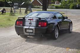 Back/Side of Ford Mustang GT 4.6 V8 Automatic, 304ps, 2009 at Tisdagsträffarna Vikingatider v.25 / 2017