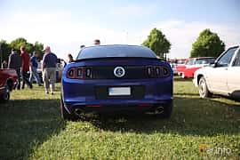 Bak av Ford Mustang GT 5.0 V8 Automatic, 426ps, 2014 på Tisdagsträffarna Vikingatider v.21 / 2018