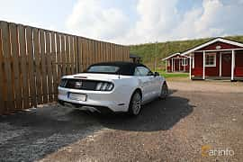 Back/Side of Ford Mustang GT Convertible 5.0 V8 SelectShift, 421ps, 2017 at Autoropa Racing day Knutstorp 2019