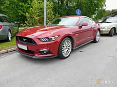 Front/Side  of Ford Mustang GT 5.0 V8 SelectShift, 421ps, 2016 at Bil & MC träff i Lerum 2019