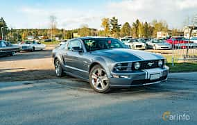 Front/Side  of Ford Mustang GT 4.6 V8 Automatic, 304ps, 2006 at Wheelers Cruising, Vetlanda 2019
