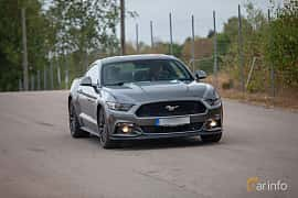 Front/Side of Ford Mustang GT 5.0 V8 SelectShift, 421ps, 2015 at Wheels & Wings 2018