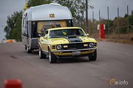Fram/Sida av Ford Mustang Mach I 5.8 V8 Manual, 254ps, 1970 på Wheels & Wings 2018