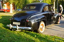 Back/Side of Ford Super Deluxe Sedan Coupé 3.9 V8 Manual, 102ps, 1946 at Onsdagsträffar på Gammlia Umeå v.35 / 2018