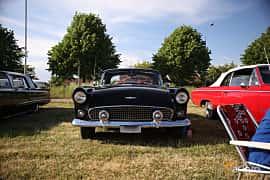Fram av Ford Thunderbird 5.1 V8 Manual, 218ps, 1956 på Tisdagsträffarna Vikingatider v.21 / 2018