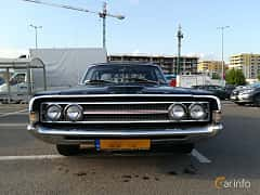 Front  of Ford Torino Sedan 6.4 V8 Automatic, 324ps, 1969
