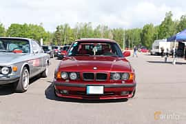 Front  of BMW 5 Series Sedan 1993 at Bimmers of Sweden @ Mantorp 2019