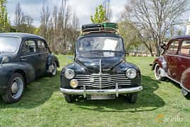 Front  of Renault 4CV 0.7 Manual, 18ps, 1951 at Fest För Franska Fordon  på Taxinge slott 2019