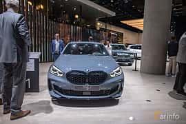 Fram av BMW M135i xDrive  Steptronic, 306ps, 2020 på IAA 2019