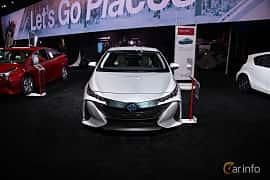 Fram av Toyota Prius Plug-in Hybrid 1.8 VVT-i Plug-in CVT, 123ps, 2017 på North American International Auto Show 2018