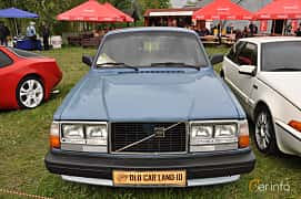 Front  of Volvo 245 2.3 112ps, 1982 at Old Car Land no.1 2019