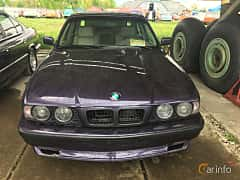 Front  of BMW 5 Series Sedan 1994 at Old Car Land no.1 2019