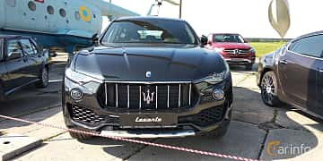 Front  of Maserati Levante  Automatic, 350ps, 2019 at Old Car Land no.1 2019