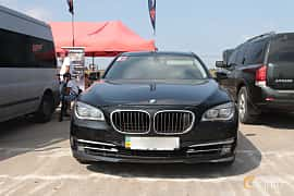 Front  of BMW 750i  Steptronic, 408ps, 2009 at Proudrs Drag racing Poltava 2019