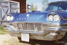 Fram/Sida av Chrysler New Yorker 2-door Hardtop 6.4 V8 Automatic, 330ps, 1957