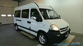 Front/Side  of Opel Movano Minibus 3.0 CDTI Manual, 136ps, 2003